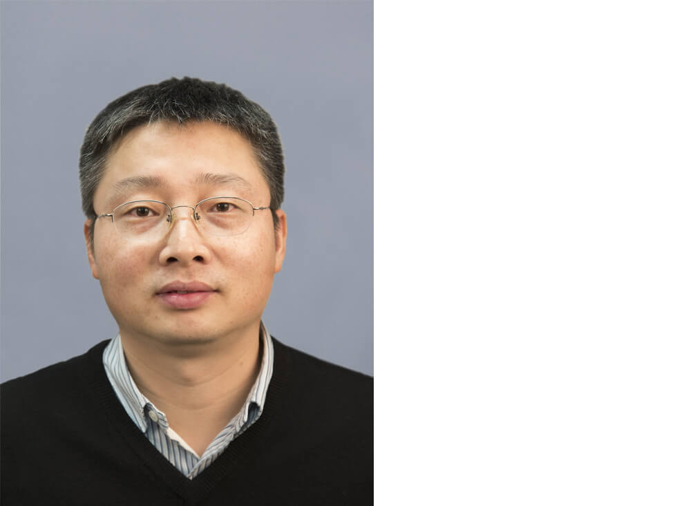 Application Specialist Jiang Xiuping