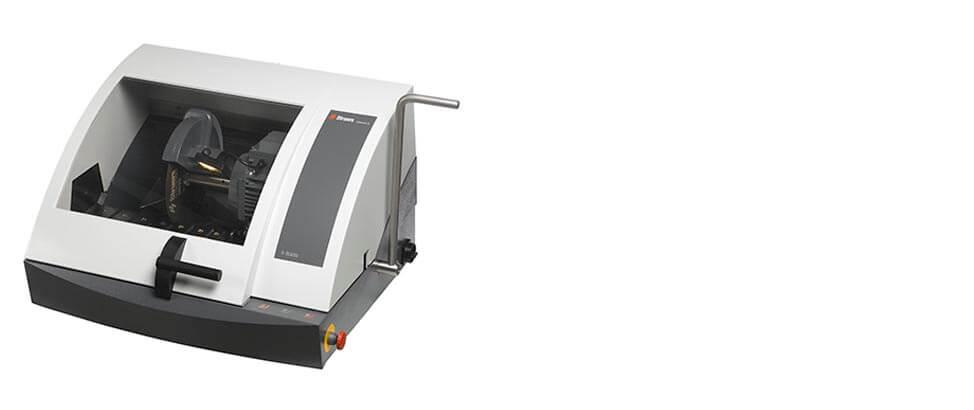 Máquina de corte manual Labotom-5.