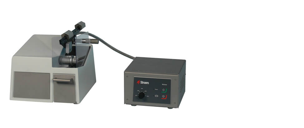 Minitom Hot Cell low-speed precision cutoff machine