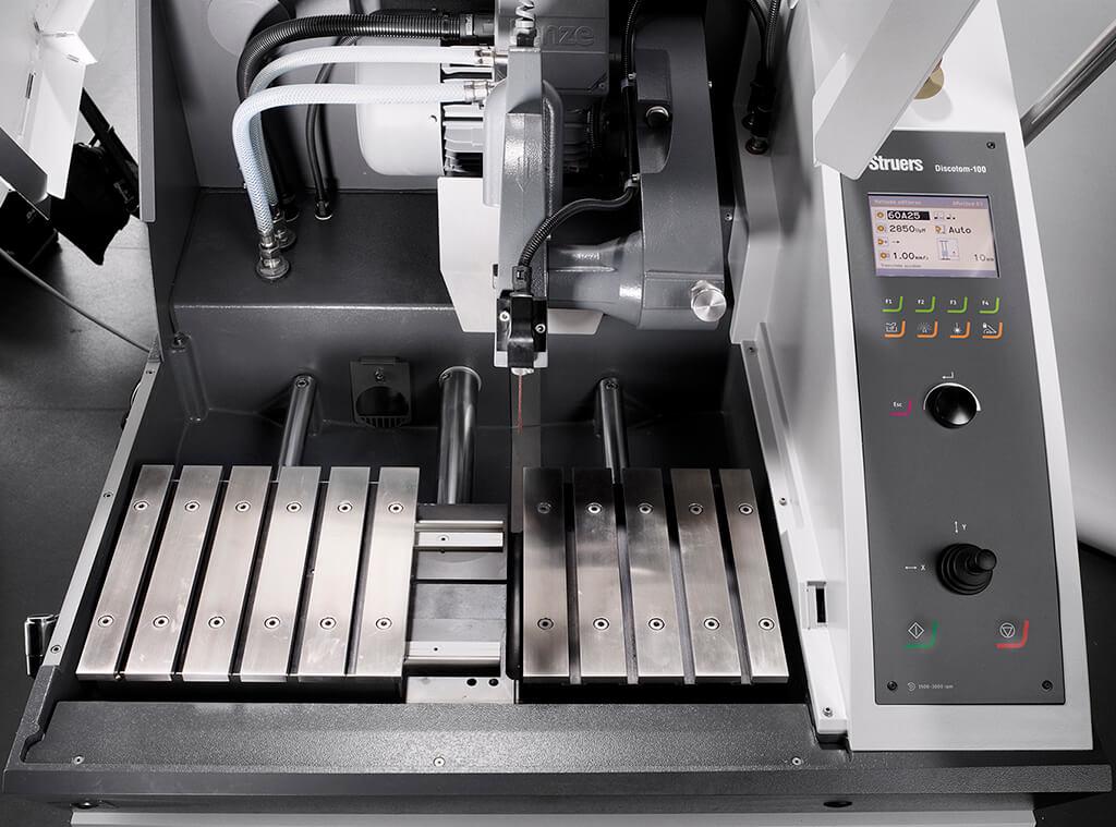 Discotom table X automatique