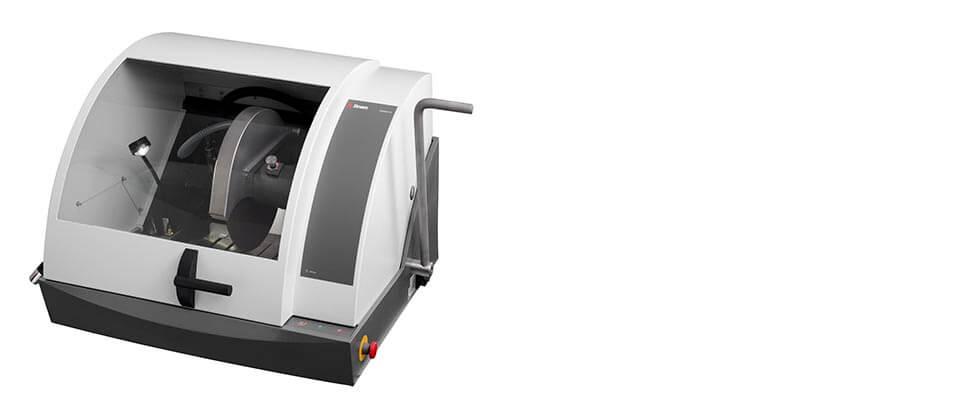 Labotom-15 manual cutoff machine