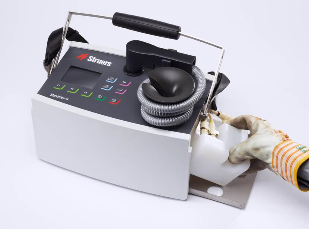 MoviPol Schneller Austausch des Akkus und des Elektrolyts