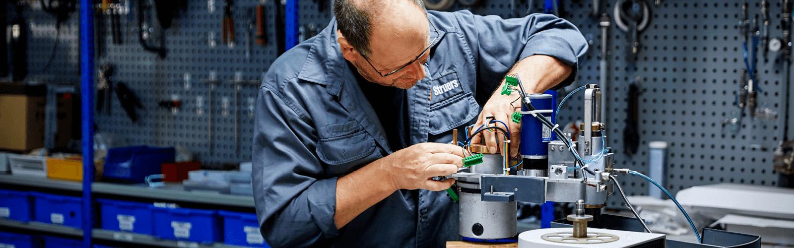 Servicio de reparación en talleres de Struers
